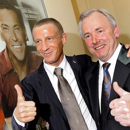 Stefan Petzner und Gerhard Dörfler mit Haider-Porträt: Das BZÖ hat Haider überlebt