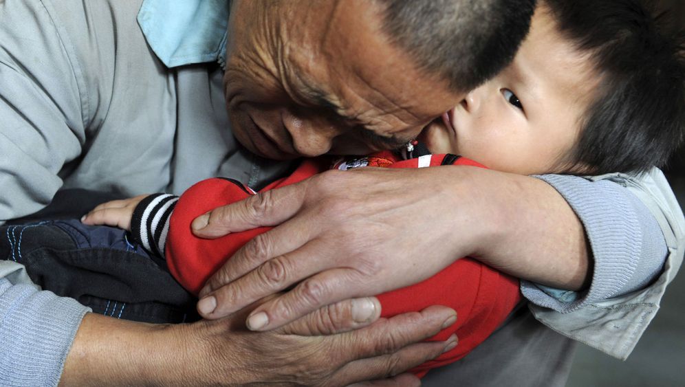 Photo Gallery: Searching for China's Missing Kids