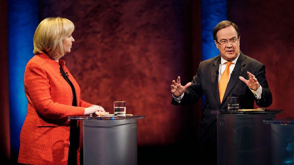 Hannelore Kraft (SPD) und CDU-Spitzenkandidat Armin Laschet