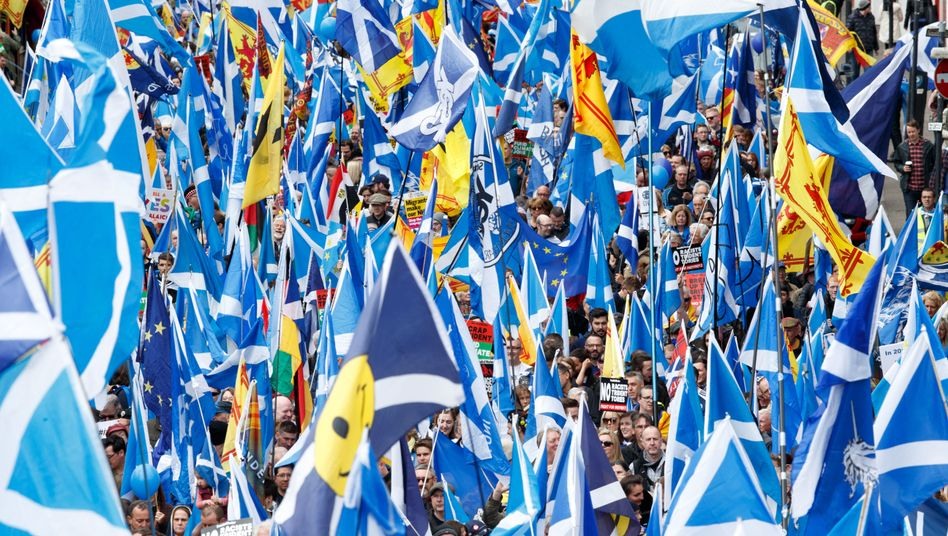 Schottische Demonstranten in Glasgow: Thema nie vom Tisch