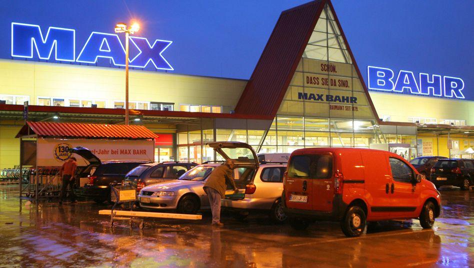 Ein Baumarkt von Max Bahr in Rostock