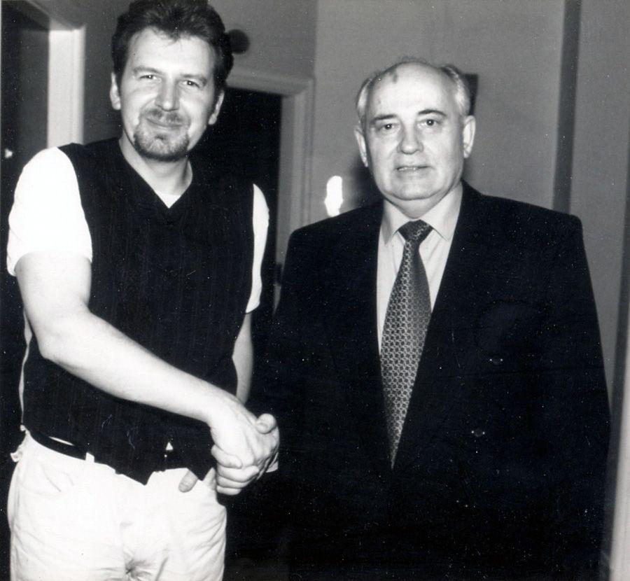 NUR FÜR EINESTAGES - Steve Blame mit Gorbatschow