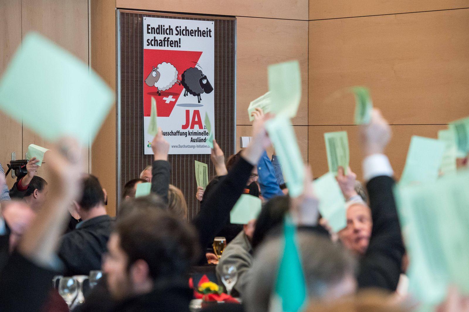 EINMALIGE VERWENDUNG SVP / Parteitag