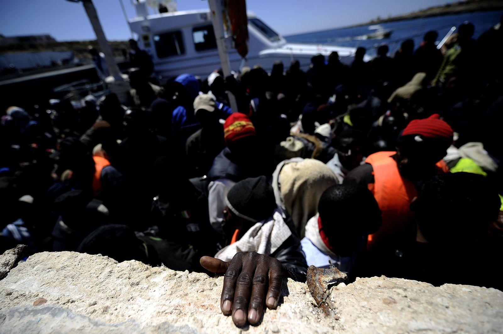 Einwanderer / Flüchtlinge / Lampedusa