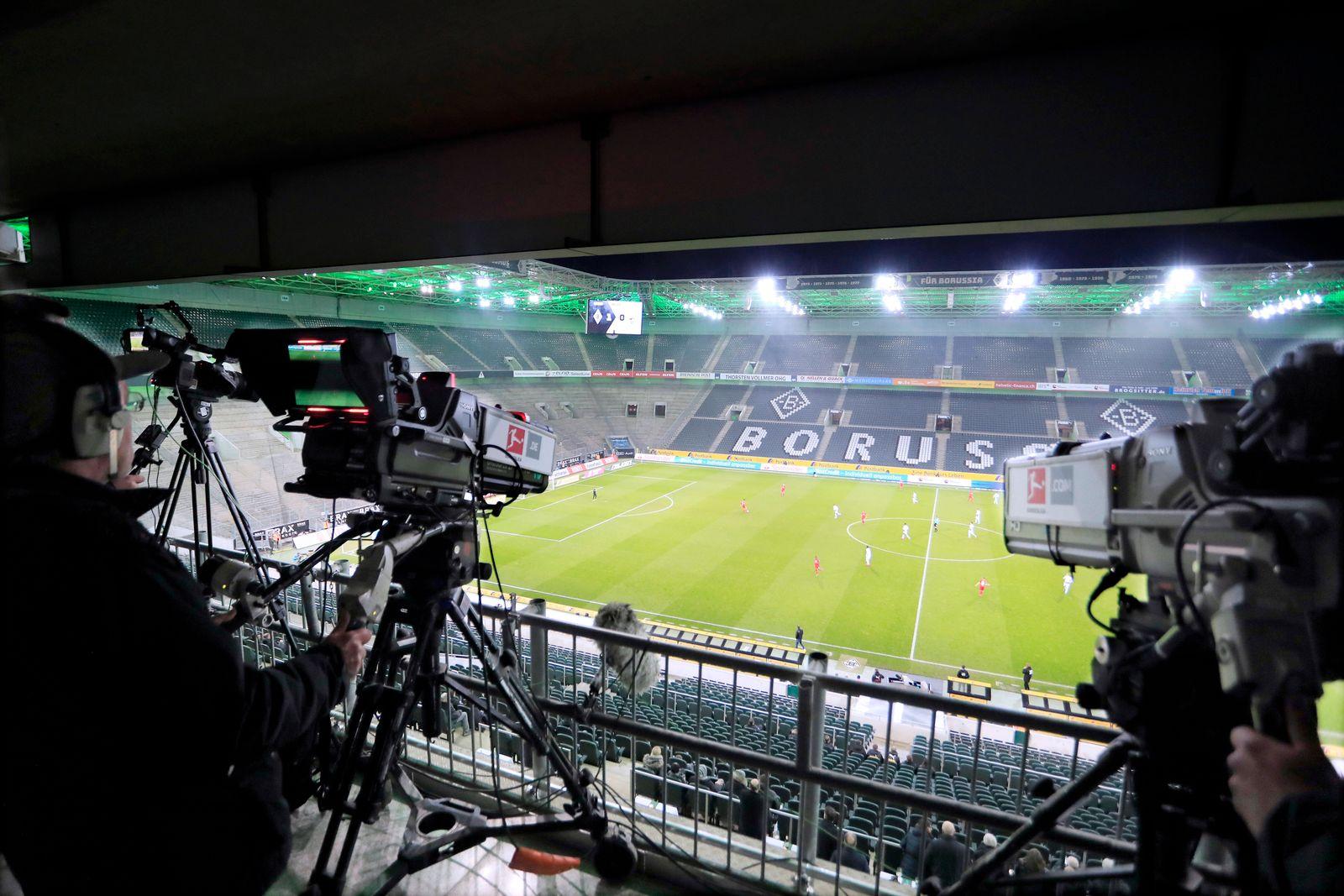 GEISTERSPIEL ohne Zuschauer DFL Fussball Bundesliga Saison 2019 - 2020 Spiel Borussia Moenchengladbach - 1. FC Koeln am1