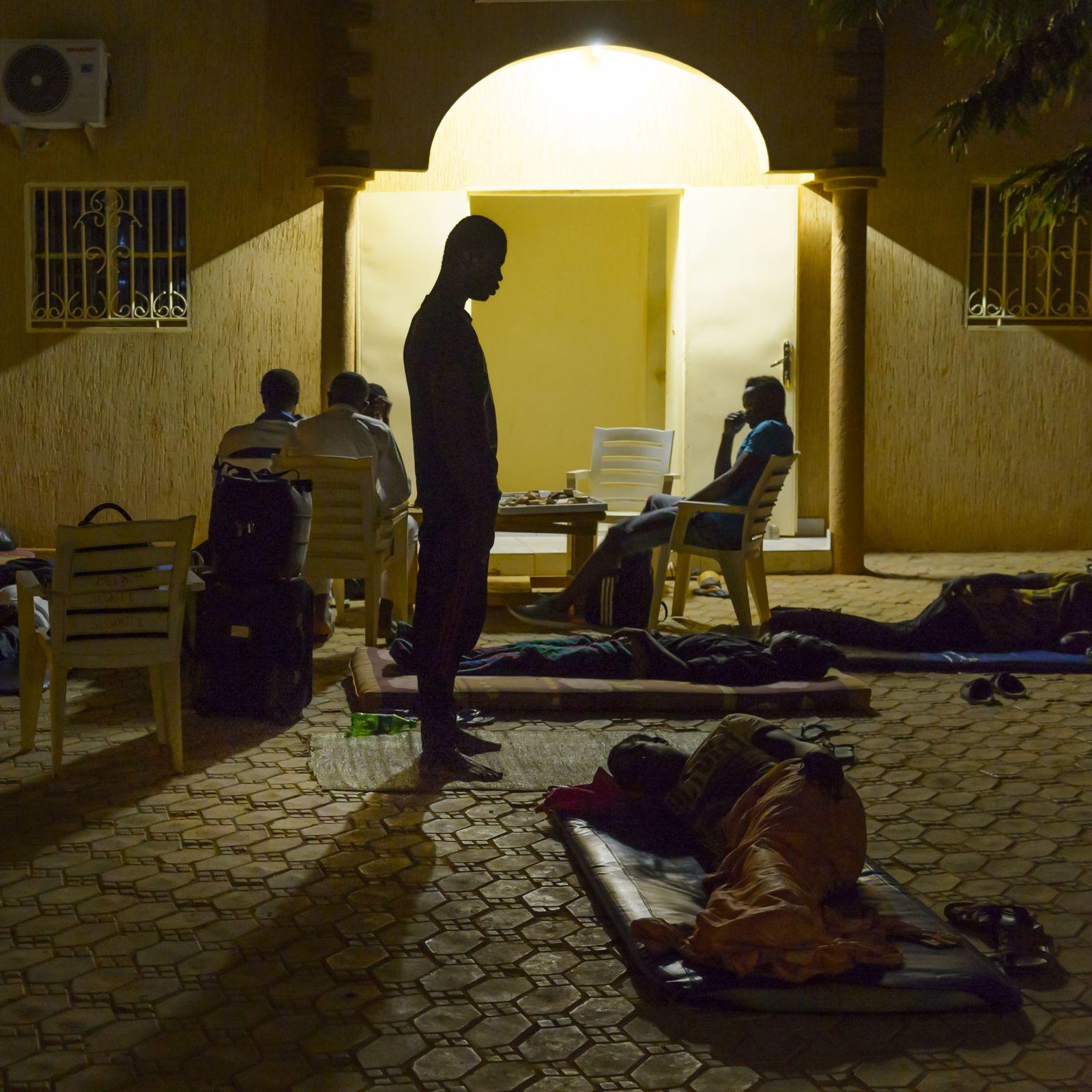EINMALIGE VERWENDUNG NUR FÜR SPIEGEL PLUS Sp 42/2016, S.52 Niger