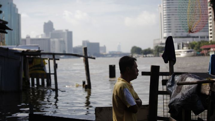 Hochwasserkatastrophe: Bangkok trotzt der Flut