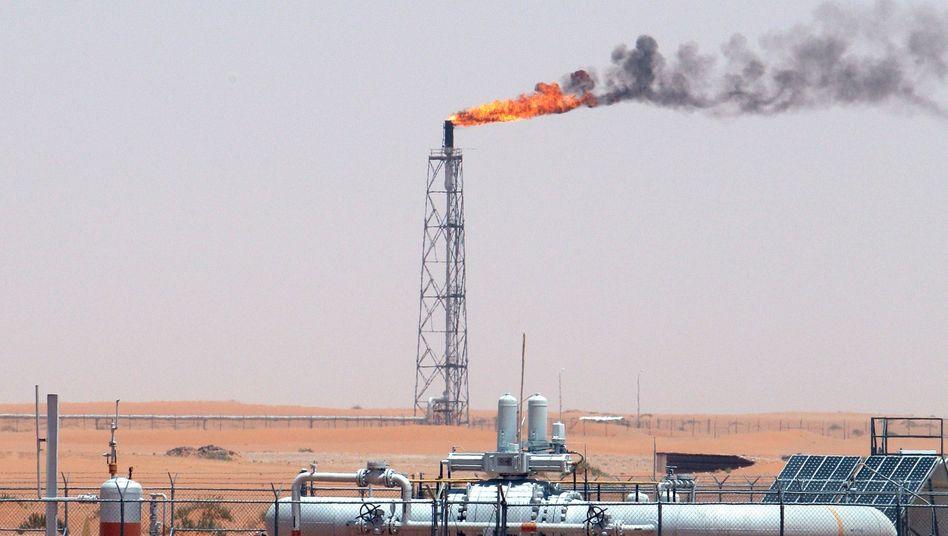 Khurais-Ölfeld in Saudi-Arabien: Staatsausgaben werden gesenkt