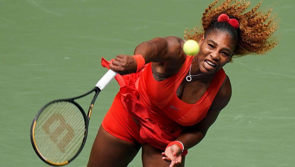 Dank ihres Service steht Serena Williams im Halbfinale