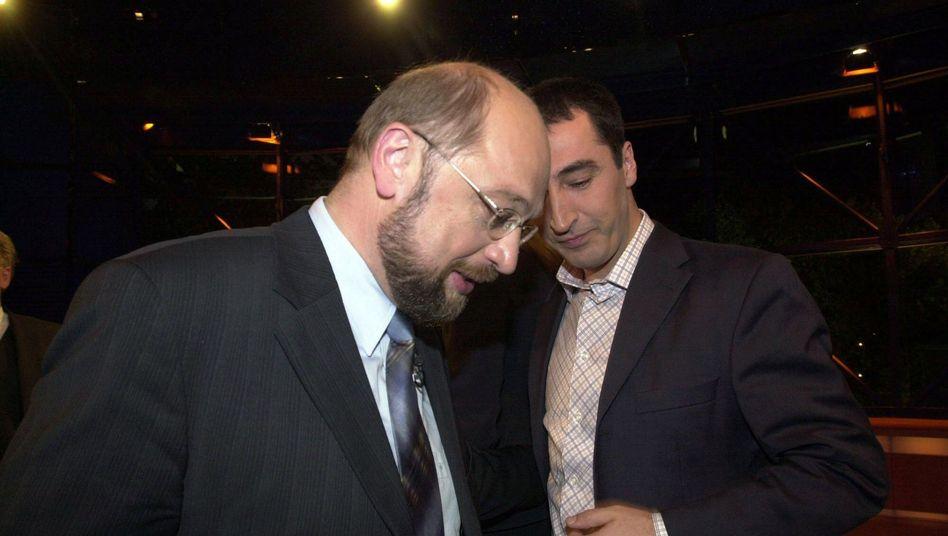SPD-Spitzenkandidat Schulz, Grünen-Politiker Özdemir (Archivbild von 2004)