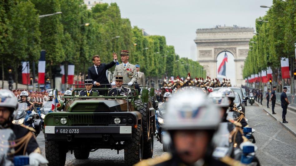 "Emmanuel Macron bei Parade am 14. Juli in Paris: ""Strategische Autonomie"""