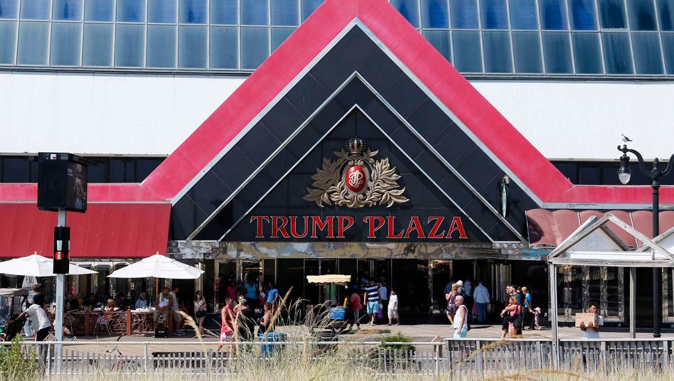 Das Trump Plaza Hotel und Casino in Atlantic City, New Jersey: Ruine am Boardwalk