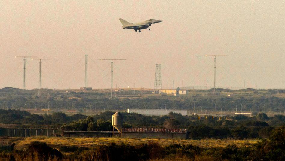 Britisches Kampfflugzeug nach Luftangriff in Syrien