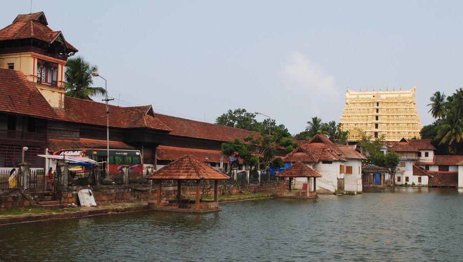 Sri-Padmanabhaswamy-Tempel im südindischen Kerala: Sechs Meter lange Halskette
