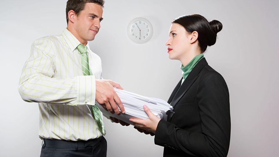 Angestellte: Wachsende Diskrepanz beim Gehalt