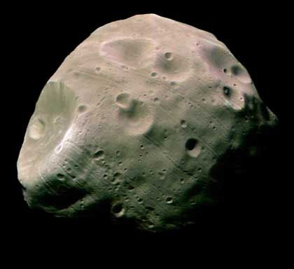 Marsbegleiter Phobos: Auffällige Furchen