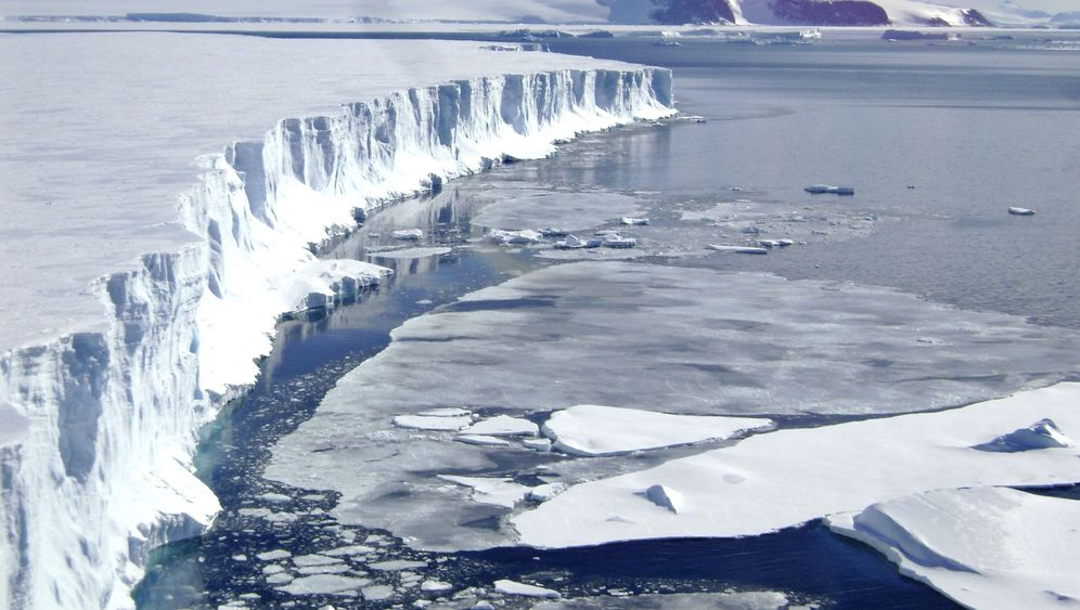 Antarktis: Weißer Riese mit Schwindsucht