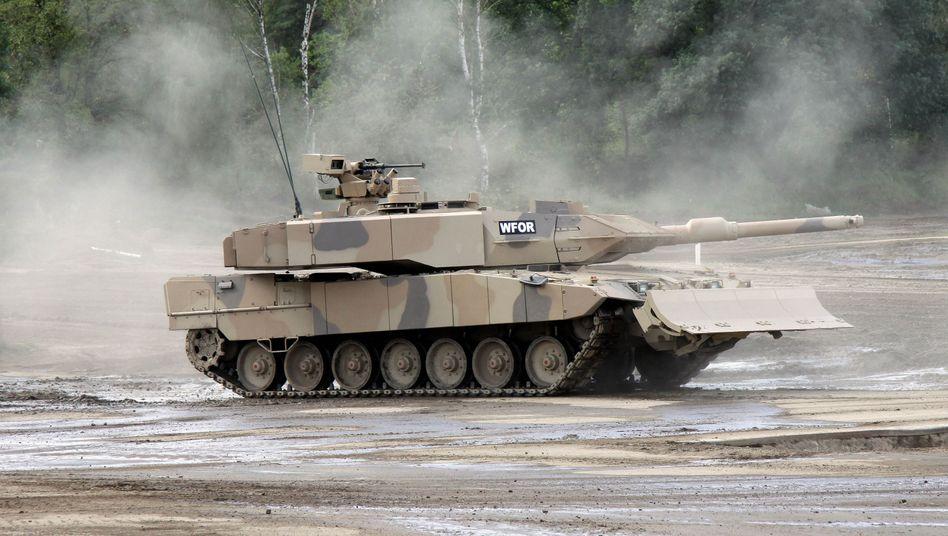 """Kampfpanzer """"Leopard 2"""": Umfassende Waffenlieferungen an Katar"""