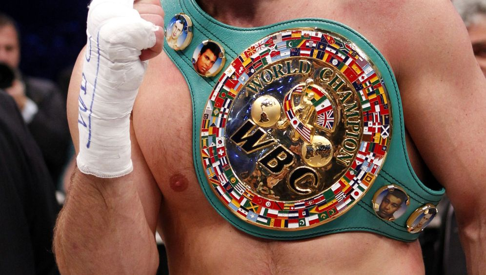 Klitschko-Sieg gegen Solis: Promoter-Eklat rundet Skandalkampf ab