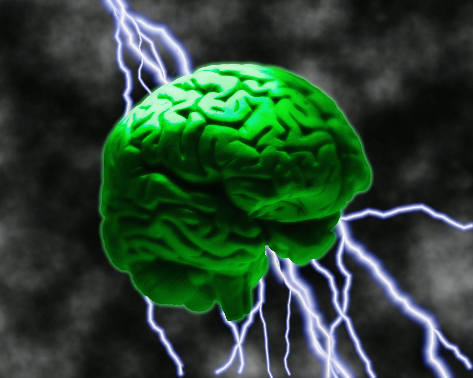 NICHT MEHR VERWENDEN! - Gehirn / Blitze / Symbolbild