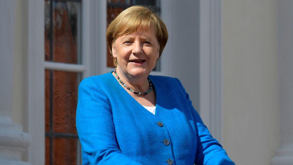 Angela Merkel (im Juli 2020 vor dem Gästehaus der Bundesregierung in Meseberg)