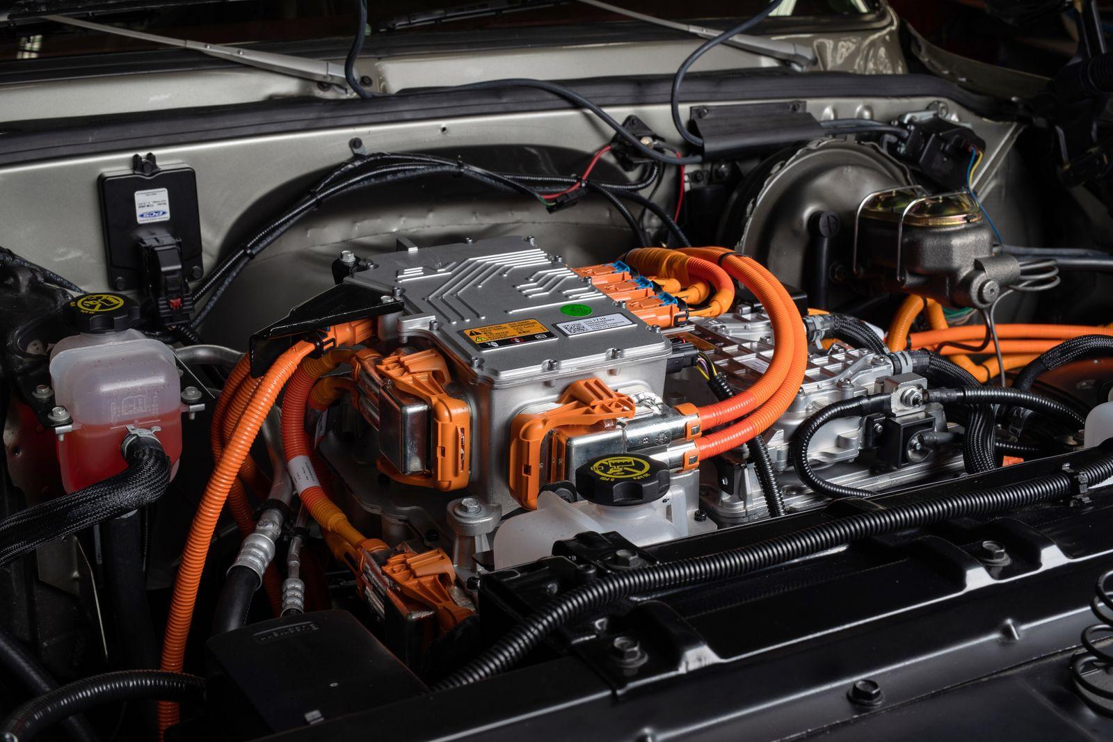SEMA-ChevroletPerformance-K5-Blazer