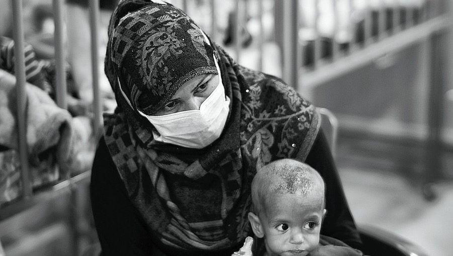 Kinderstation im Hospital in Hasaka: Halbverhungerten das Überleben ermöglichen