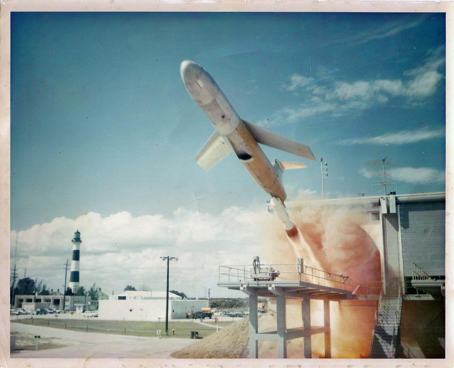 NUR FÜR EINESTAGES Okinawa 1962