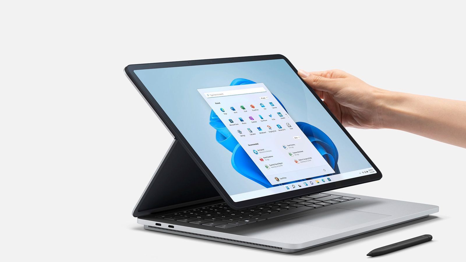 Surface-Laptop-Studio-Adjusting