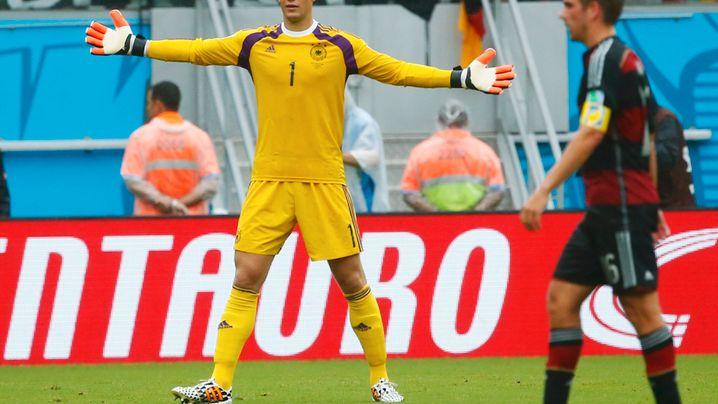 Deutschland in der Einzelkritik: Feldspieler Neuer, Pendel Lahm