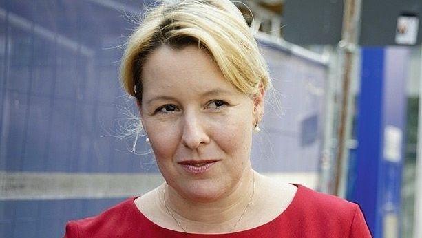 """Ministerin Giffey: """"Kraft in das Thema bringen"""""""
