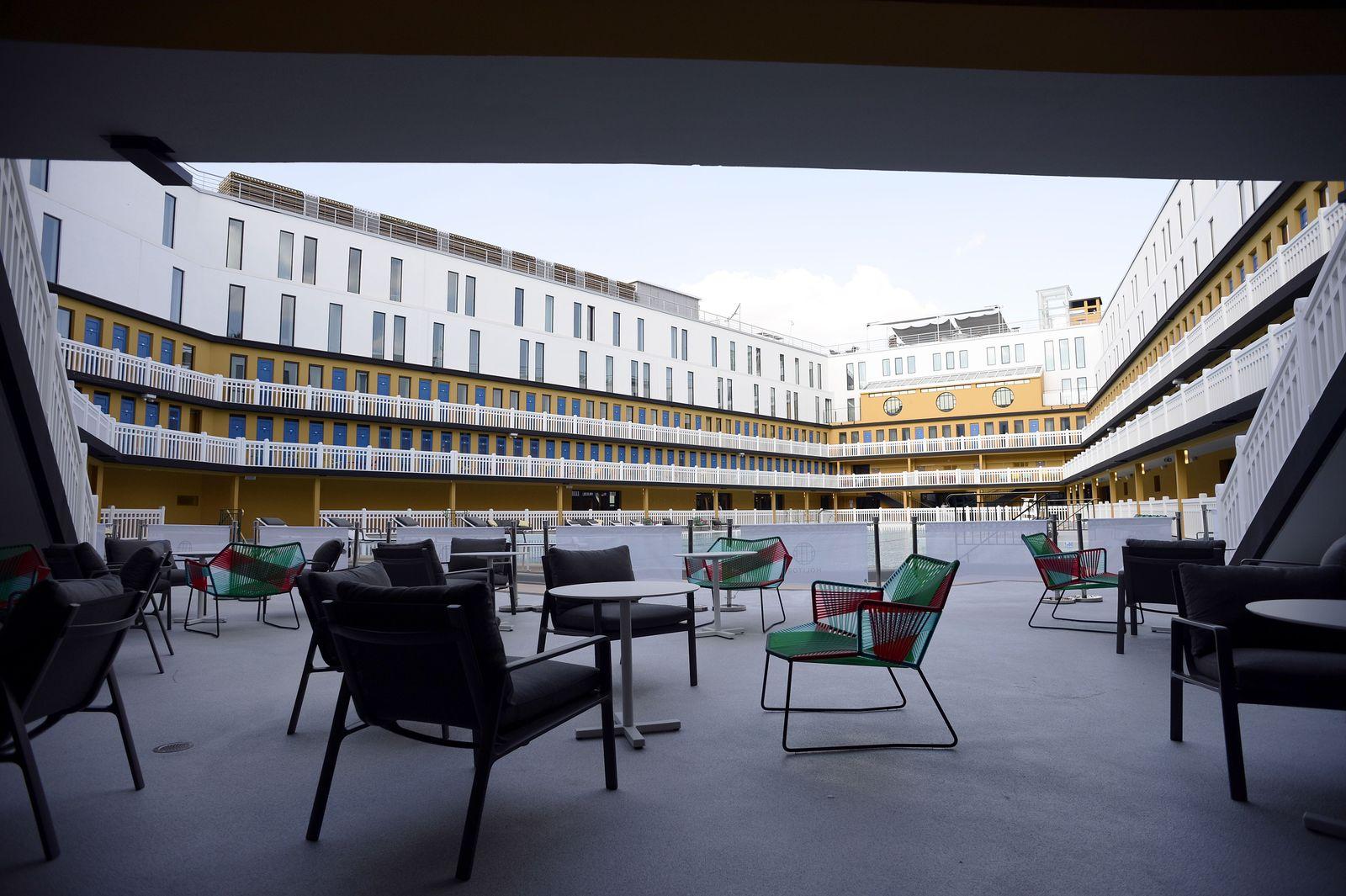 Hotel Molitor/ Paris