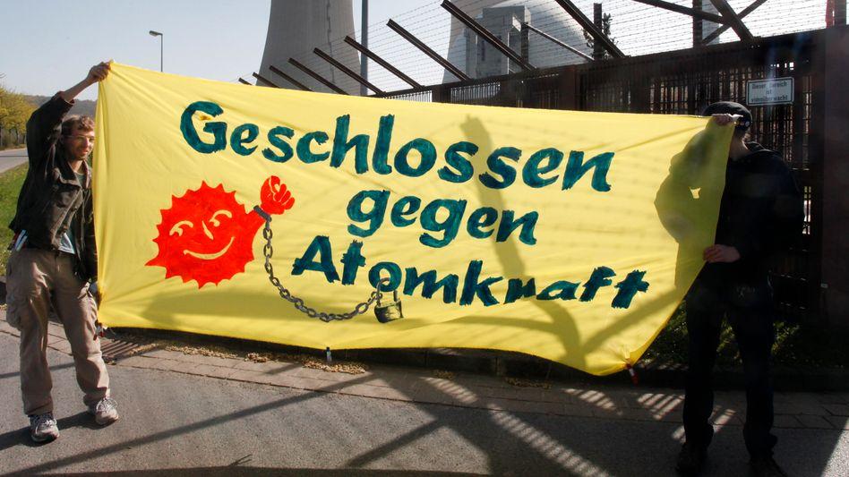 Anti-Atomkraft-Protest: Konzerne drohen Milliardeneinbußen