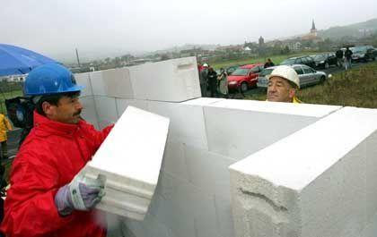 """Mauerbau in Philippsthal: """"Ganz richtig im Kopf sind die nicht"""""""