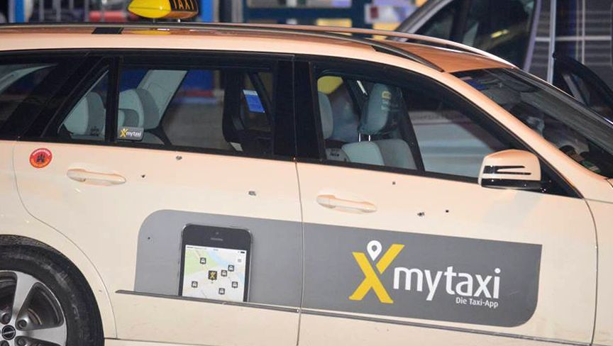 Einschusslöcher im Taxi: Angriff auf dem Kiez