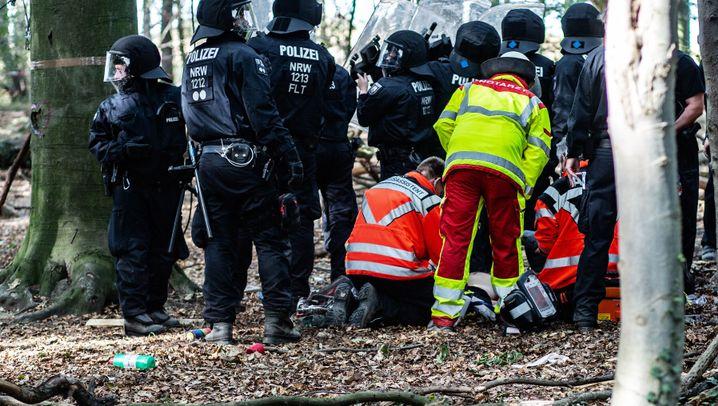 Mann nach Sturz gestorben: Tödlicher Unfall im Hambacher Forst