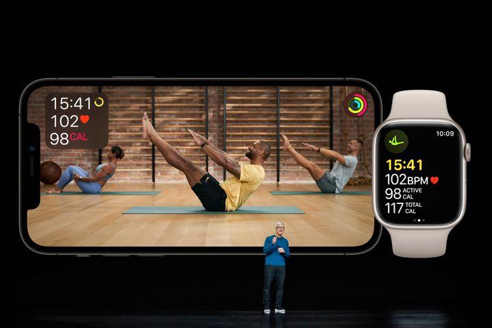 Tim Cook demonstriert die Anwendung »Fitness+«