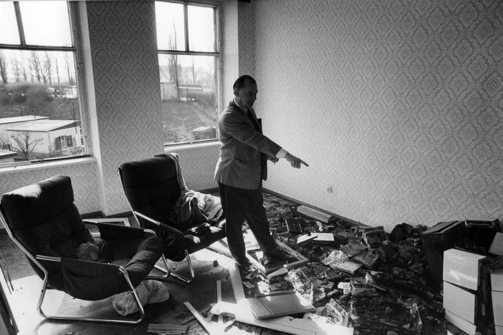 Berlin, zur Abschrechung von Hausbesetzern hat die GeSoBau Wohnungen zerstört