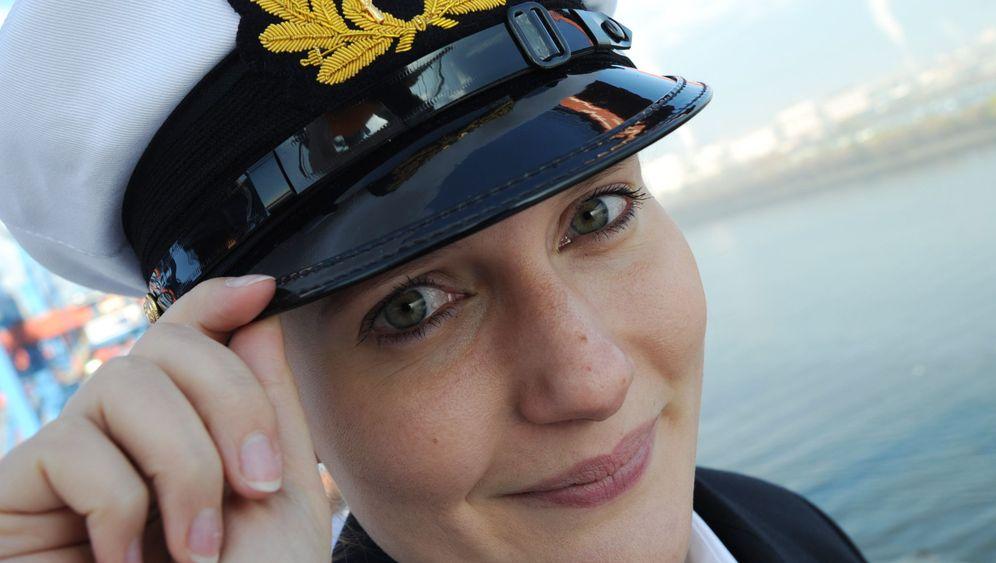 Erste Offizierin auf Containerschiff: Allein unter Männern