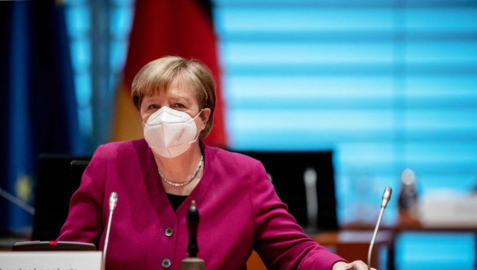 Bundeskanzlerin Angela Merkel: Shutdown bleibt bis Ende März in Kraft