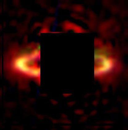Staubscheibe um Stern HR 4796A (Infrarotaufnahme): Typisches Tholin-Spektrum