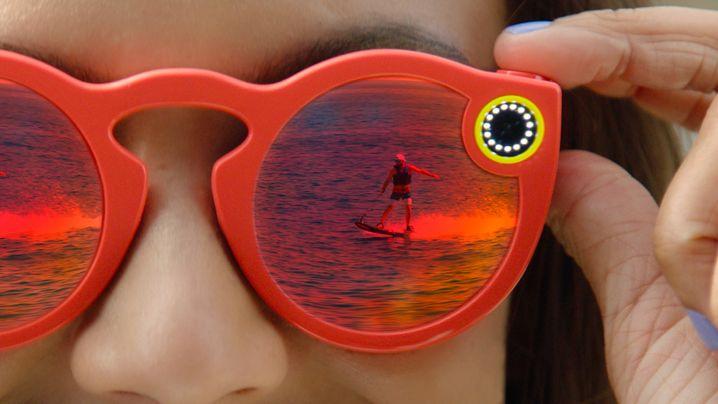 Die Videokamera in der Snap-Sonnenbrille