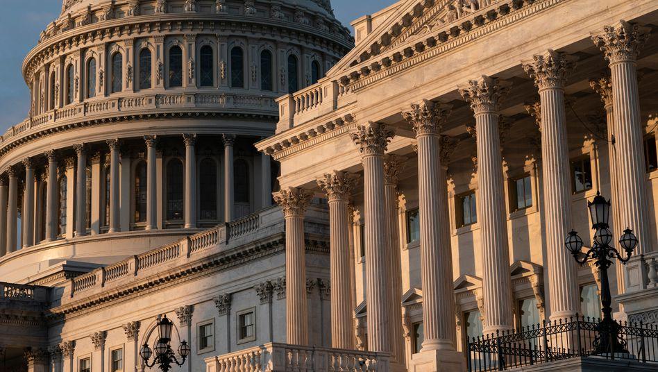 Das Kapitol in Washington: Milliardenschweres Programm soll die US-Wirtschaft stützen