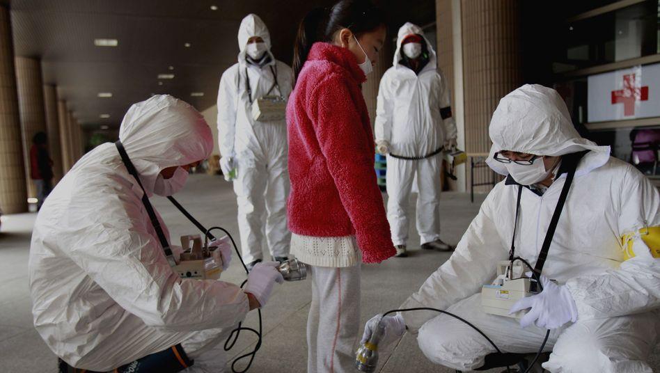 Mädchen aus der Evakuierungszone (Archivbild): Behörden haben Risiken verschwiegen