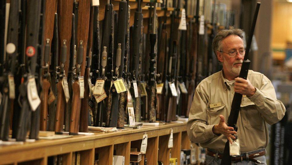 Waffengeschäft in den USA: Wer kauft die Freedom Group?
