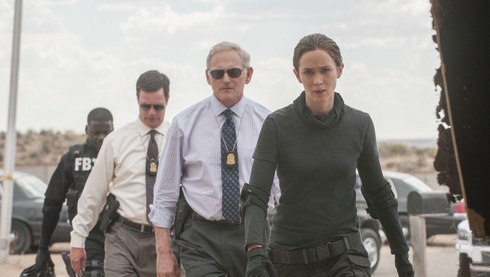 """Villeneuve-Film """"Sicario"""": Emiliy Blunt im Drogenkrieg"""