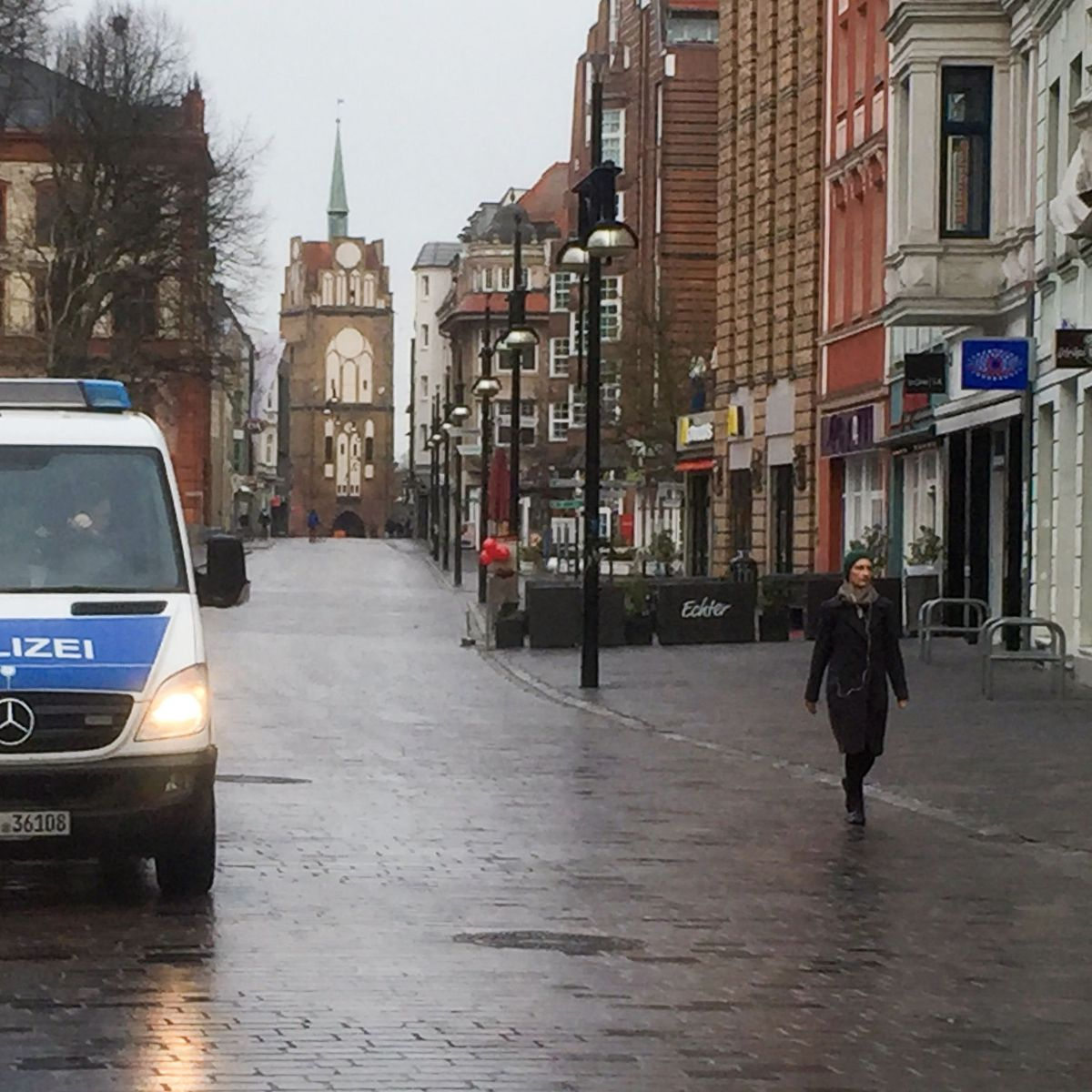 Suchaktion in Rostock: 13-Jähriger läuft nachts zehn Kilometer zur Schule