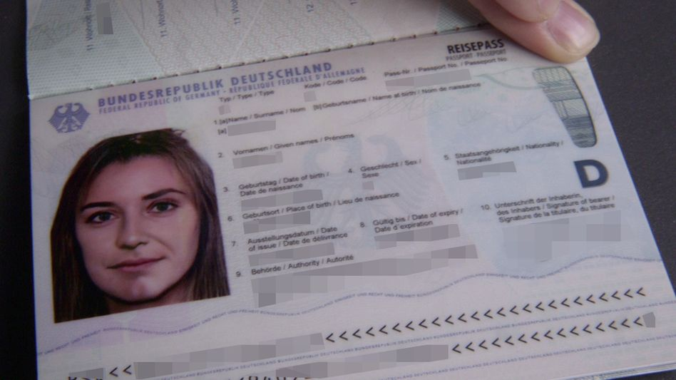 Pass mit gemorphtem Foto
