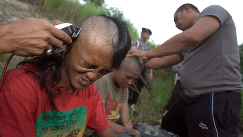 "Punks in Indonesien: ""Spirituelle Reinigung"""
