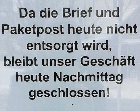 Aushang an einer Poststation in Dortmund